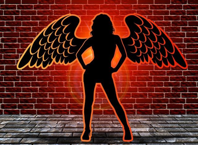 angel-427693_640